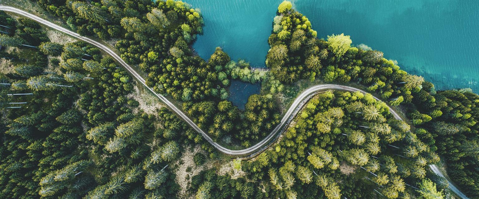 Jezioro Sufnersee w Szwajcarii (fot. Switzerland Tourism/Silvan Widmer)