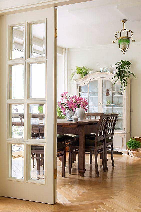 jadalnia, klasyczne wnętrza, wystrój wnętrz