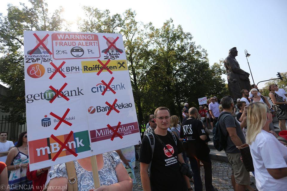 Demonstracja frankowiczow z 2016 roku. Sukces pojawił się dopiero teraz po wyroku TSUE