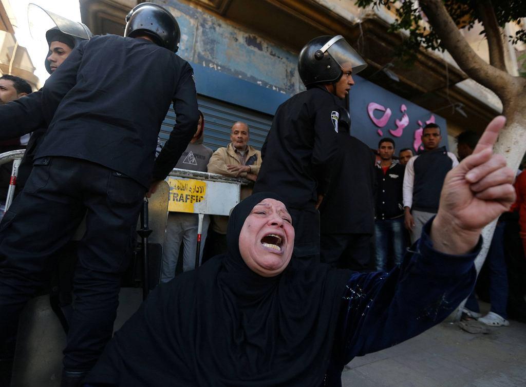 Wybuch bomby przed Koptyjską Katedrą św. Marka w Kairze