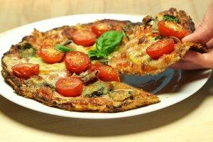 Pizza z kalafiora - zdziwisz się, jakie to smaczne!