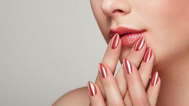 Efekt syrenki na paznokciach - jak go osiągnąć?