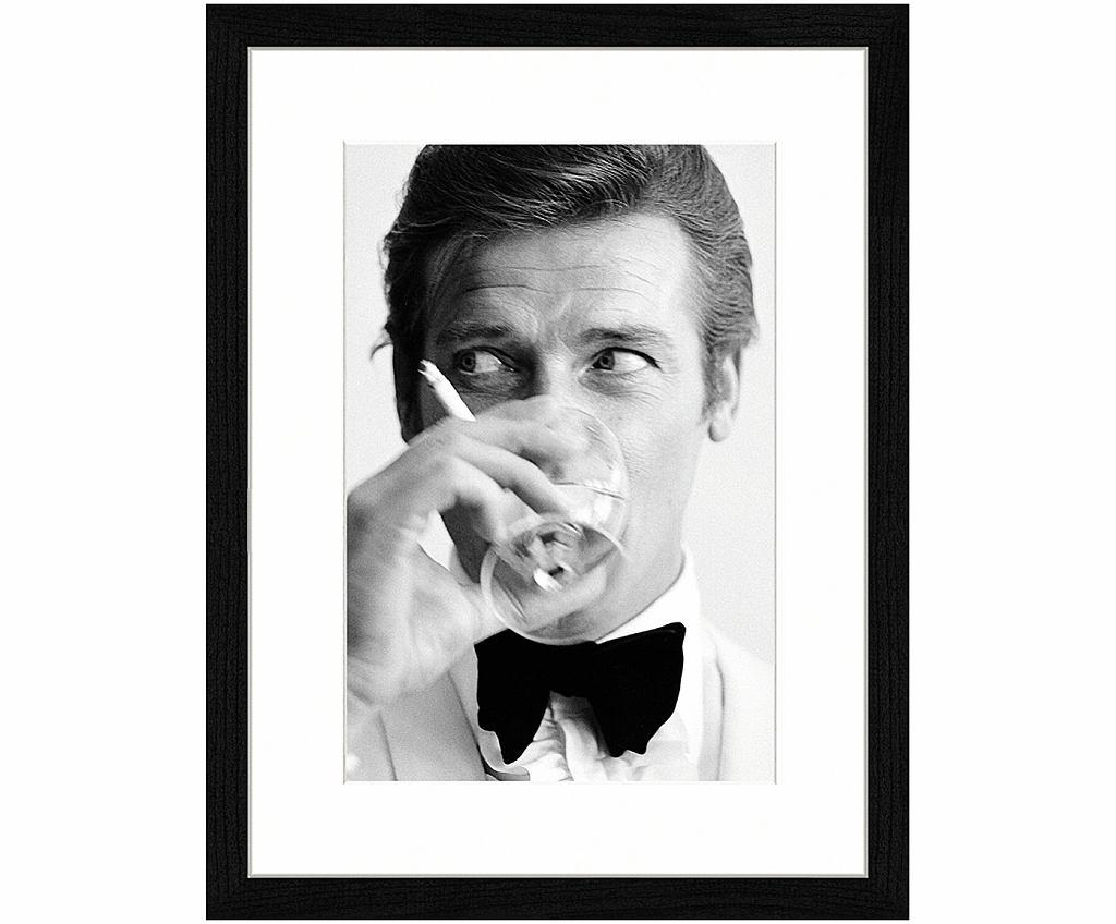 Portret Rogera Moore'a jako Jamesa Bonda