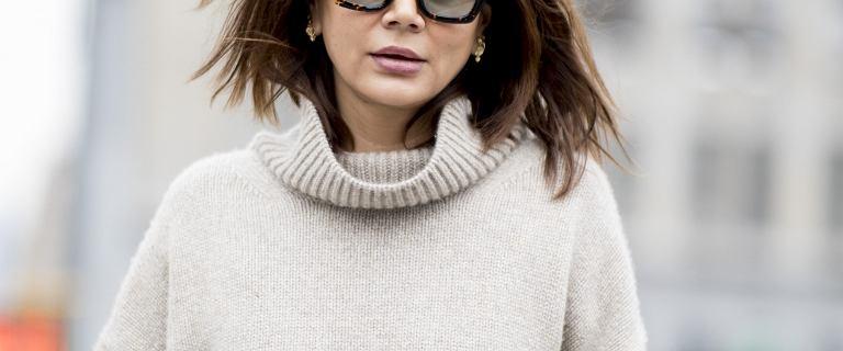 Te swetry dla kobiet po 50-tce odmładzają! Modne fasony z Reserved na jesień