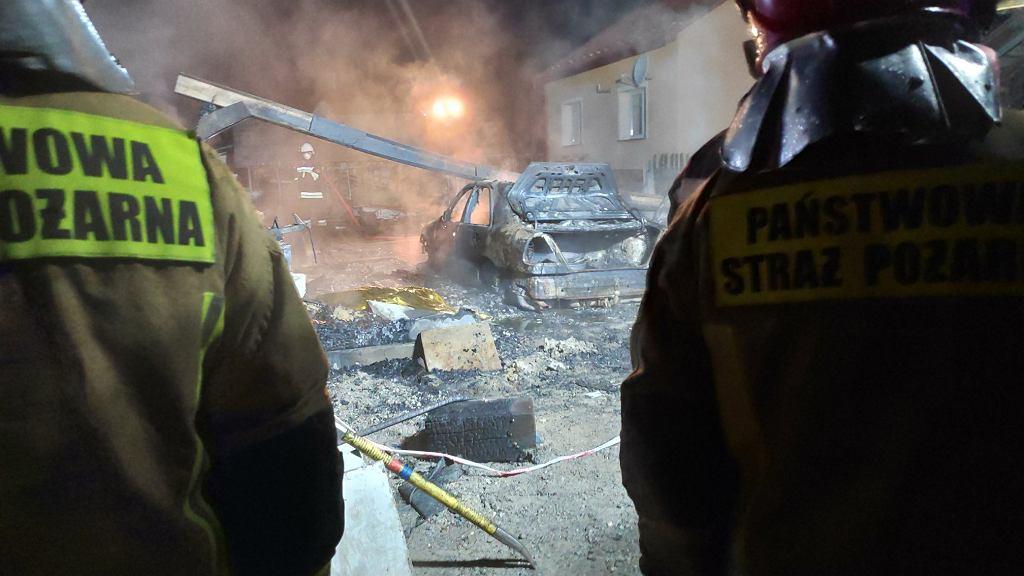 Pożar pod Rzeszowem, akcja straży pożarnej