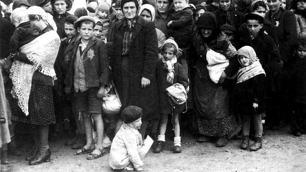 Do Auschwitz przywieziono nowy transport więźniów, maj 1944