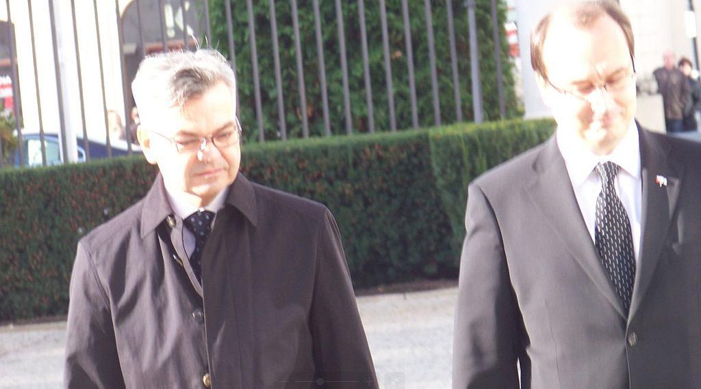 W partii rządzącej trwa spór o nowego ambasadora RP w Moskwie? 'Przejaw wojny w PiS'