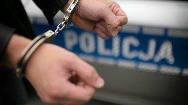Aresztowany mężczyzna (zdjęcie ilustracyjne)