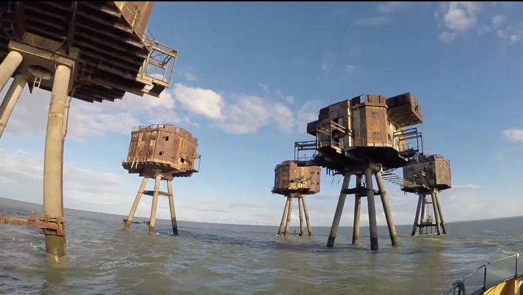 Wieże powstały ponad 70 lat temu