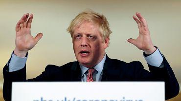 Premer Wielkiej Brytanii Boris Johnson podczas konferencji nt. pandemii koronawirusa. Londyn, 12 marca 2020