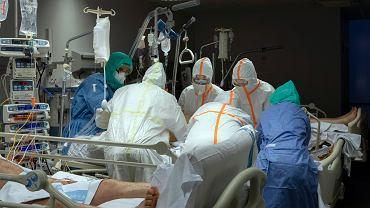 Hiszpania. Najwyższa dobowa liczba zmarłych od początku epidemii koronawirusa