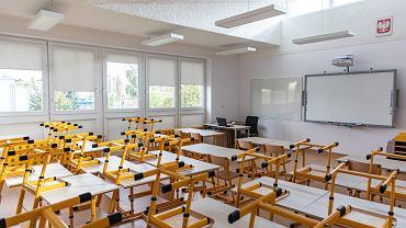 Uczniowie klas I-III zaczynają zdalne nauczanie. Kiedy dzieci wrócą do szkoły?