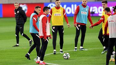 Paulo Sousa dalej zaskakuje. Zmiany w obronie, podpora kadry na ławce [PRZEWIDYWANY SKŁAD]
