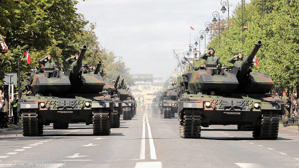 15 sierpnia - defilada z okazji Święta Wojska Polskiego