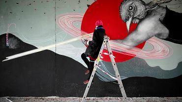 Mural w Janowie jeszcze nie powstał, a już został oszpecony przez wandali