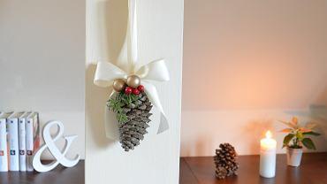 Ozdoba świąteczna z szyszki