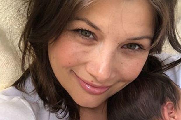 Agnieszka Sienkiewicz po raz drugi została mamą. Aktorka pochwaliła się na Instagramie zdjęciem z córeczką.