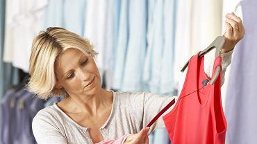 Problemy z metkami, które nijak mają się do materiału, to w branży odzieżowej coś w rodzaju tajemnicy poliszynela.
