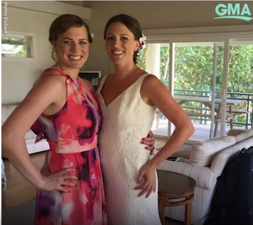 35-letnim bliźniaczkom zdiagnozowano raka piersi w odstępie 3 tygodni.