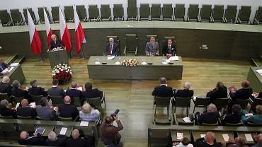 Zgromadzenie Ogólne Sędziów Sądu Najwyższego podjęło uchwałę zalecającą respektowanie przez sądy wszystkich orzeczeń TK, także tych, których rząd nie opublikował. Warszawa, 14 czerwca 2016