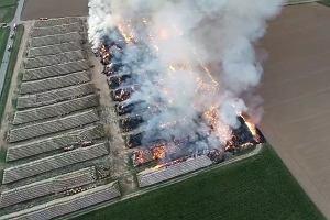 Pożar słomy w Jordanowie Śląskim. Straty ogromne - około 4 mln zł