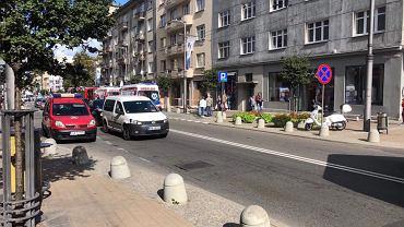 Gdynia:  na przechodniów spadło rusztowanie. Dwie osoby są w szpitalu/ zdj. ilustracyjne/ fot. Gdynia112 - Facebook