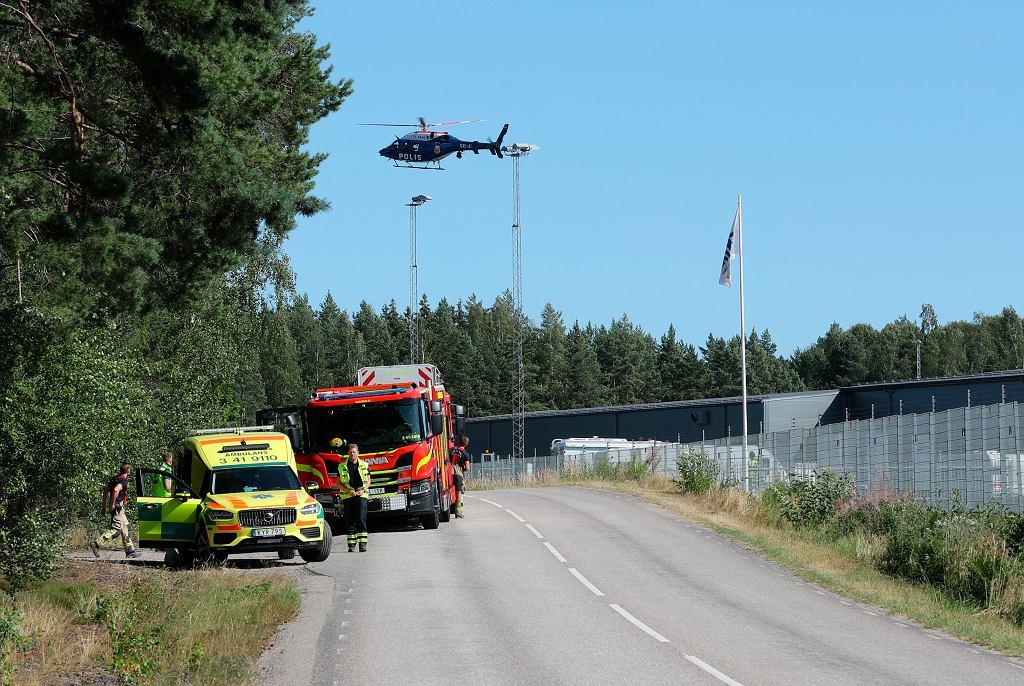 Szwecja. Skazani za morderstwo więźniowie przetrzymują dwoje zakładników