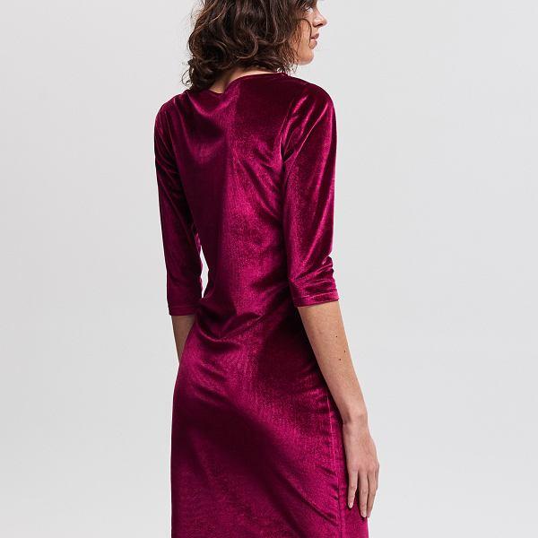 Bordowa welurowa sukienka
