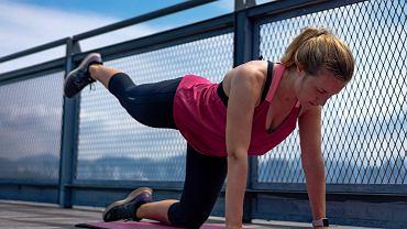 Jeśli cierpimy z powodu obolałych pleców, nasz trening powinien zawierać inne ćwiczenia