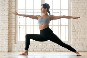 Chcesz wiedzieć zabrać ze sobą na pierwsze zajęcia jogi? Podpowiadamy!