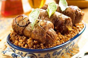 Zrazy z gryczaną i 7 innych dań z mięsem i kaszą idealnych na jesień