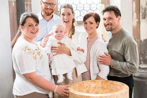Matka chrzestna - formalności, obowiązki i kogo najlepiej wybrać?