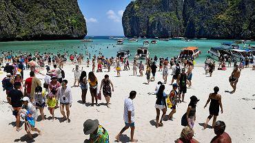 Lawinowy wzrost turystyki. Według ONZ na całym świecie liczba turystów w 2017 r. wzrosła do 1,3 miliarda. Jeszcze na początku wieku było ich 674 mln rocznie