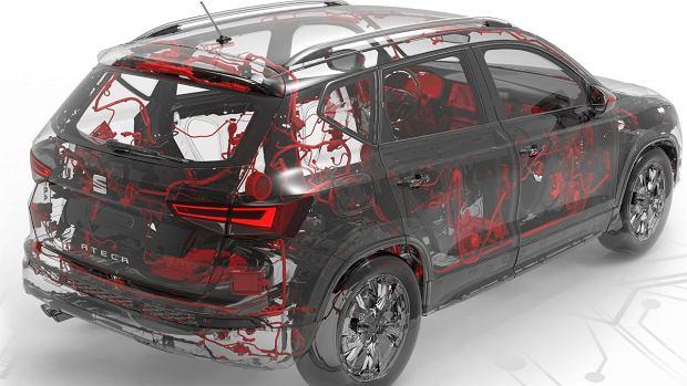 SEAT Ateca opleciony 'tętnicami'