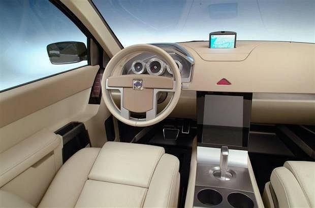Volvo ACC (2001)