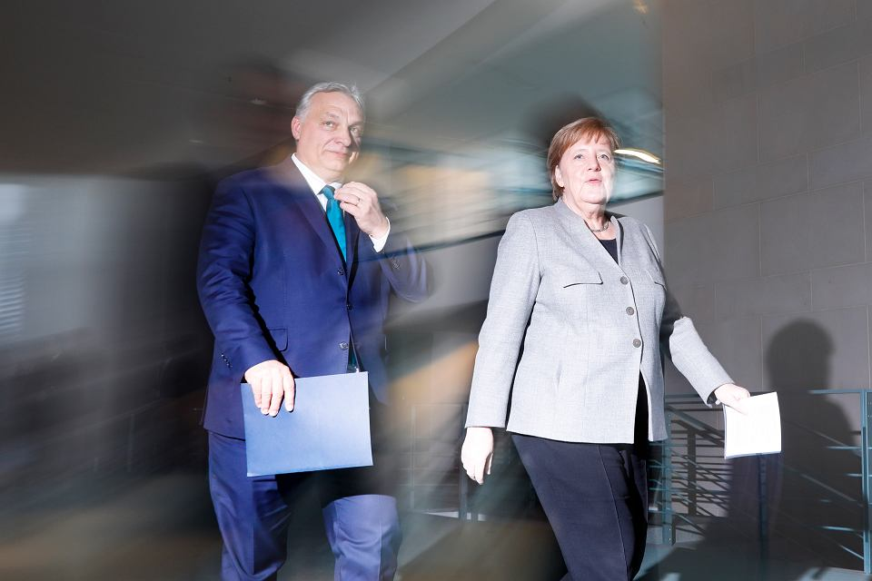 Premier Węgier Viktor Orban i kanclerz Niemiec Angela Merkel