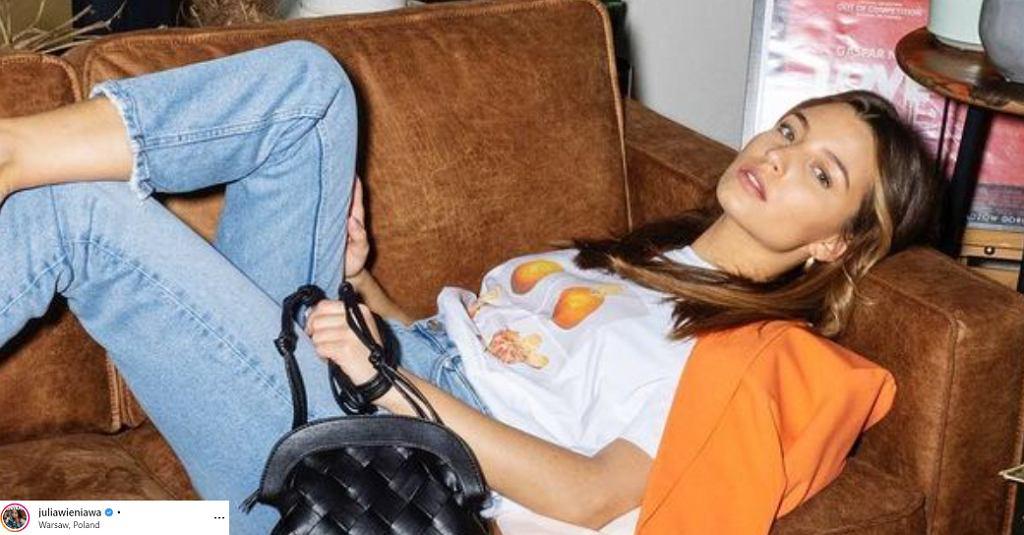 Julia Wieniawa w modnych butach z popularnej sieciówki. Kosztują mniej niż 90 zł (zdjęcie ilustracyjne)