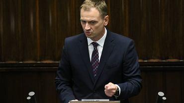 Pedofilia w Kościele. Sławomir Nitras: Sutanna daje dziś w Polsce bezkarność