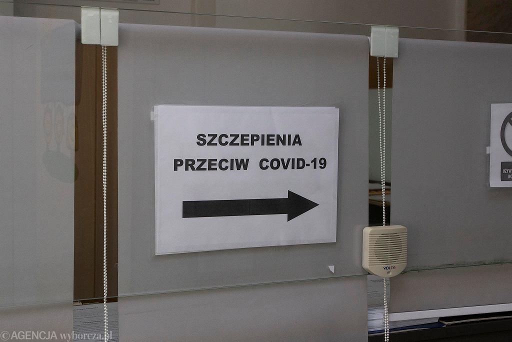 Pandemia koronawirusa. Szczepienia