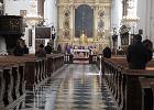 Koronawirus. Odwołane msze, w kościołach po kilkanaście osób. Bez liczenia do 50