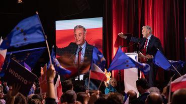 Robert Biedroń podczas prezentacji kandydatów 'Wiosny' do Parlamentu Europejskiego