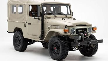 Toyota Land Cruiser Signature