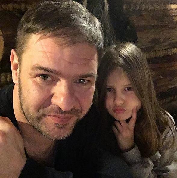 Tomasz Karolak z córką