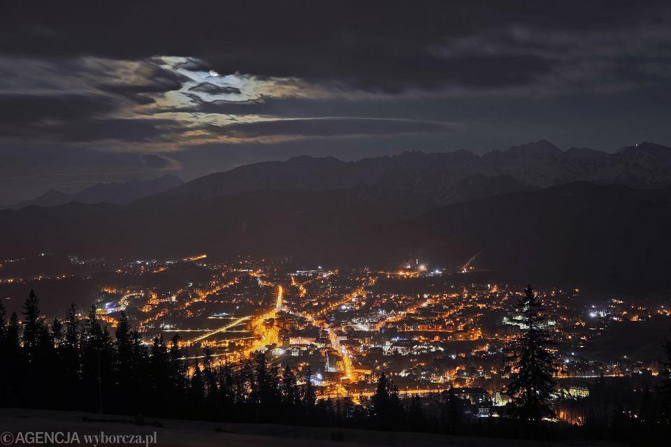 Widok z Gubałówki na Zakopane i Tatry
