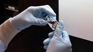 Amerykańscy eksperci pozwolili leczyć pacjentów z COVID-19 remdesivirem
