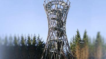 Wieża widokowa na szczycie Borowej