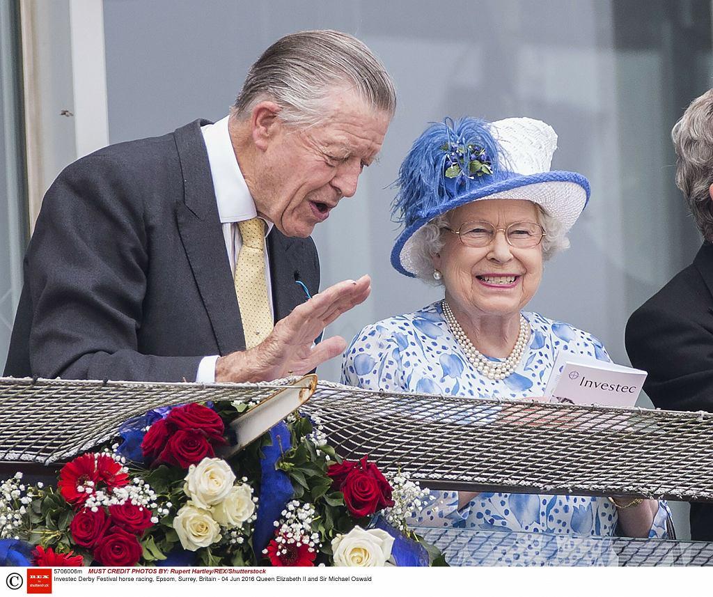 Królowa Elżbieta II, Michael Oswald
