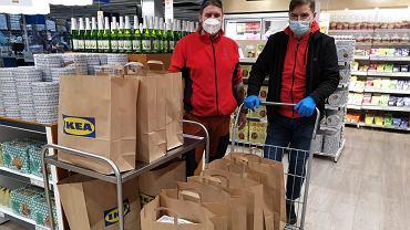 Personel Szpitala Murcki w Katowicach otrzymał w ostatnim tygodniu 400 posiłków. Przygotowała je Ikea Food