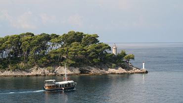 W statek wycieczkowy na Chorwacji uderzyła fala. Dwaj Polacy z Dolnego Śląska zachowali zimną krew / Zdjęcie ilustracyjne