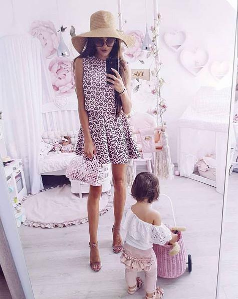 Blogerka znęcała się nad córką